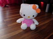 Hello Kitty Plüschtier