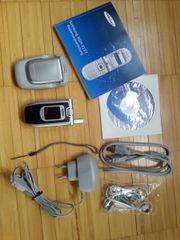 Samsung Klapphandy SGH-Z107 - handliches kleines