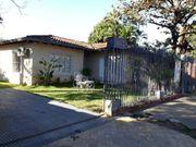 Schönes Haus in Asuncion Paraguay