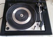 DUAL Schallplattenspieler Model