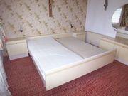 Schlafzimmermöbel in Moosburg