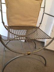 Wunderschöner Stuhl