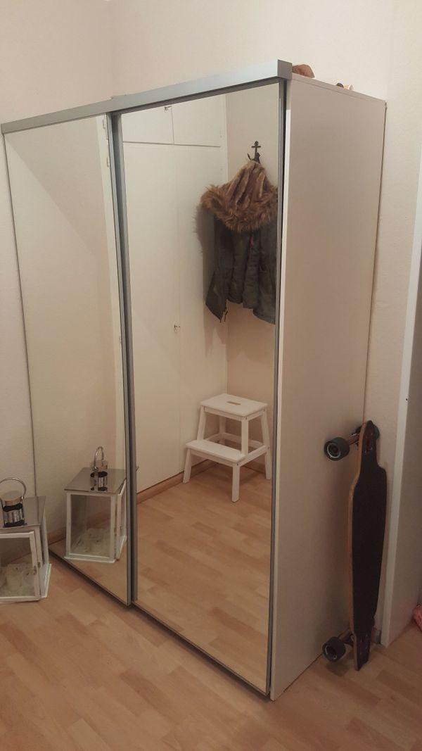 Ikea kleiderschrank weiß mit schiebetüren  IKEA PAX Kleiderschrank weiß Spiegeltüren/Schiebetüren in ...