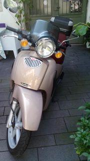 Roller Aprilia Scarabeo