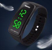 Damen Armbanduhr Skmei Sportive LED