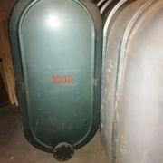 Öltank aus Metal (