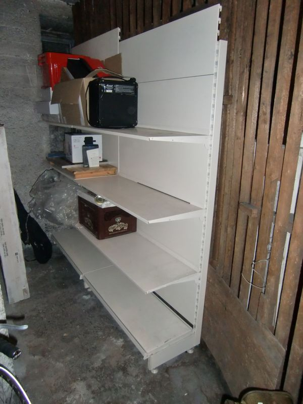 regale metall keller yp35 hitoiro. Black Bedroom Furniture Sets. Home Design Ideas