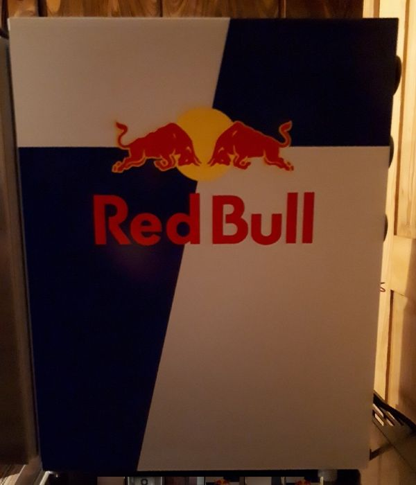red bull k hlschrank in rankweil k hl und. Black Bedroom Furniture Sets. Home Design Ideas