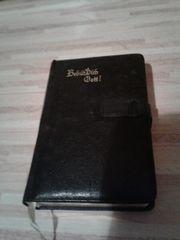 Gesangbuch von 1935 mit goldenen