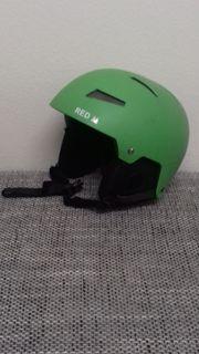 Ski- Helm