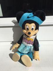 Minnie Mouse Walt