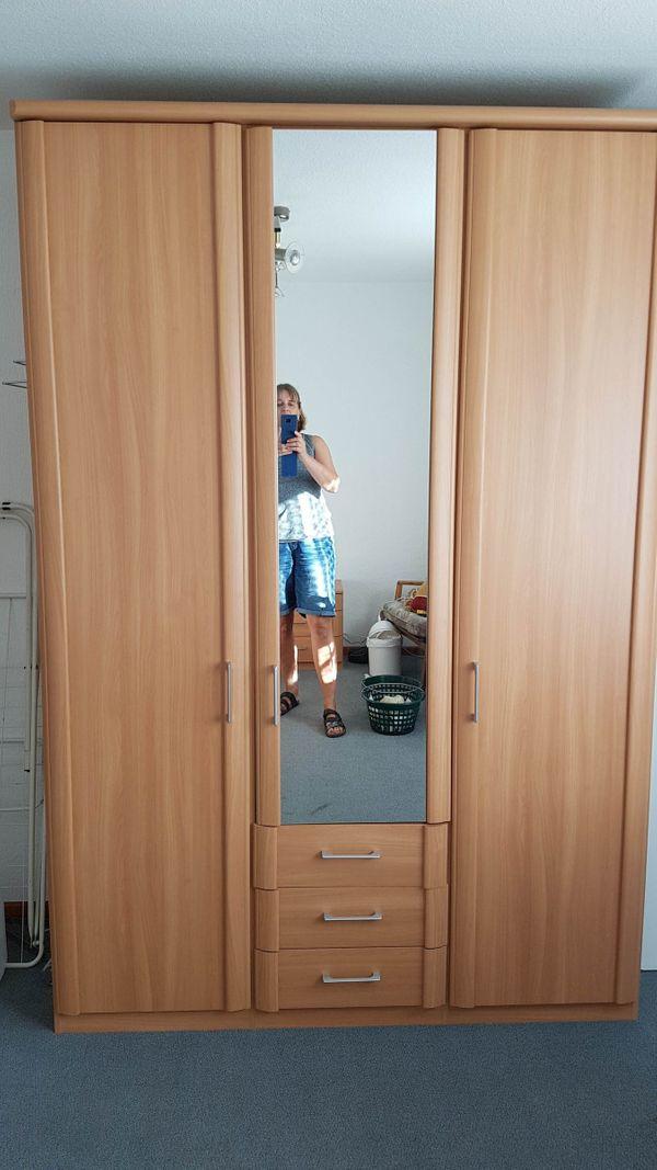 Schlafzimmer Gut Für Senioren Geeignet In Wolfenbüttel Schränke