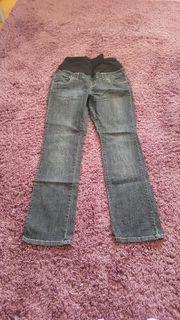 Umstands Jeans der Marke Yessica