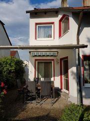 Hochwertige Doppelhaushälfte in Seukendorf Fürth