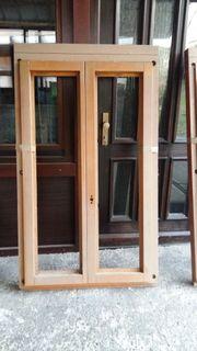 Halbfertige Holzfenster zu verschenken