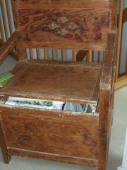 alte Truhe - Sitz aufklappbar