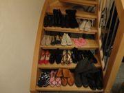 19 Paar Schuhe,