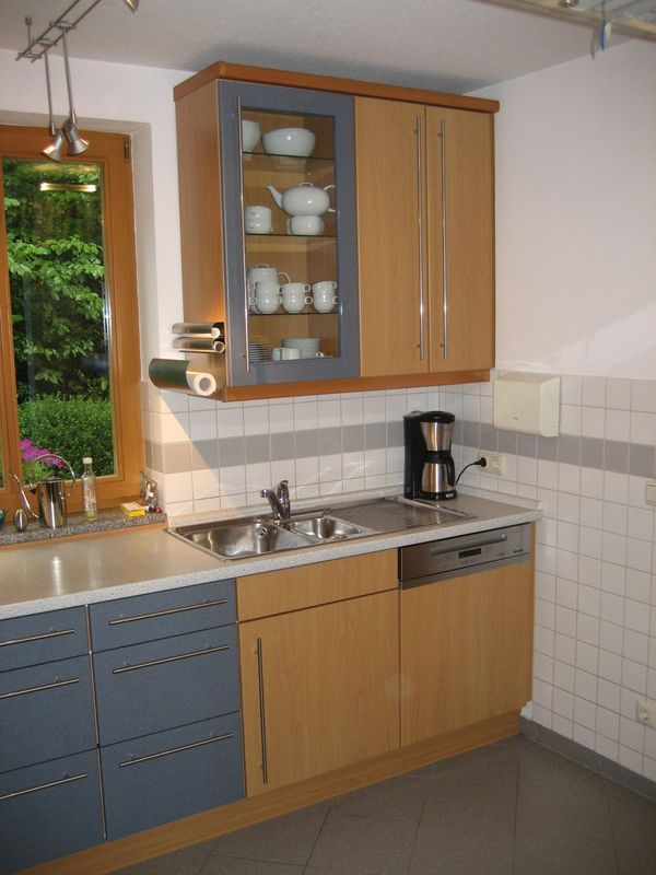 Alno Küche in L-Form mit neuem Geschirrspüler in Top Zustand ...