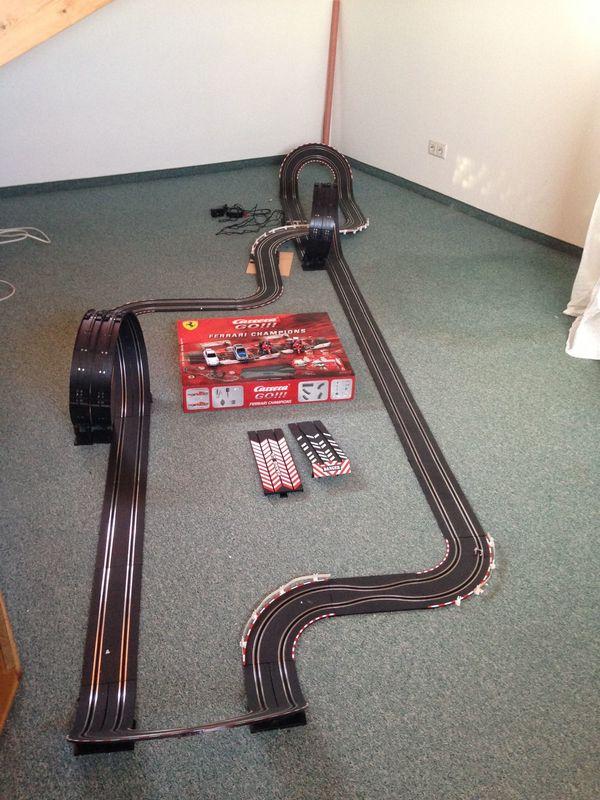 Mega Carrera-Rennbahn Go