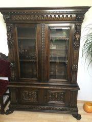 Antike Möbel aus