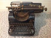 Antike Schreibmaschine Olympia 8