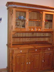 Weichholzschrank zu verkaufen