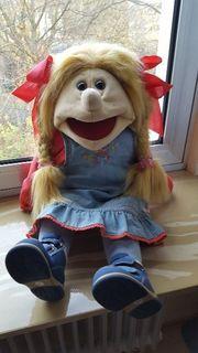 Living Puppet Jenny