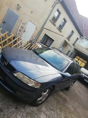 Opel Vectra Kombi 2 0