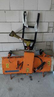 Ladefläche und Kehrmaschine für Rondo