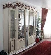 Wunderschöne und edle italienische Wohnzimmergarnitur