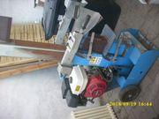 Holzspalter mit Benzinmotor