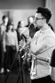 Vollblut Musiker buchbar