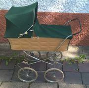 Wunderschöner alter Puppenwagen