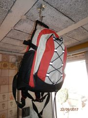 Schöner geräumiger Rucksack