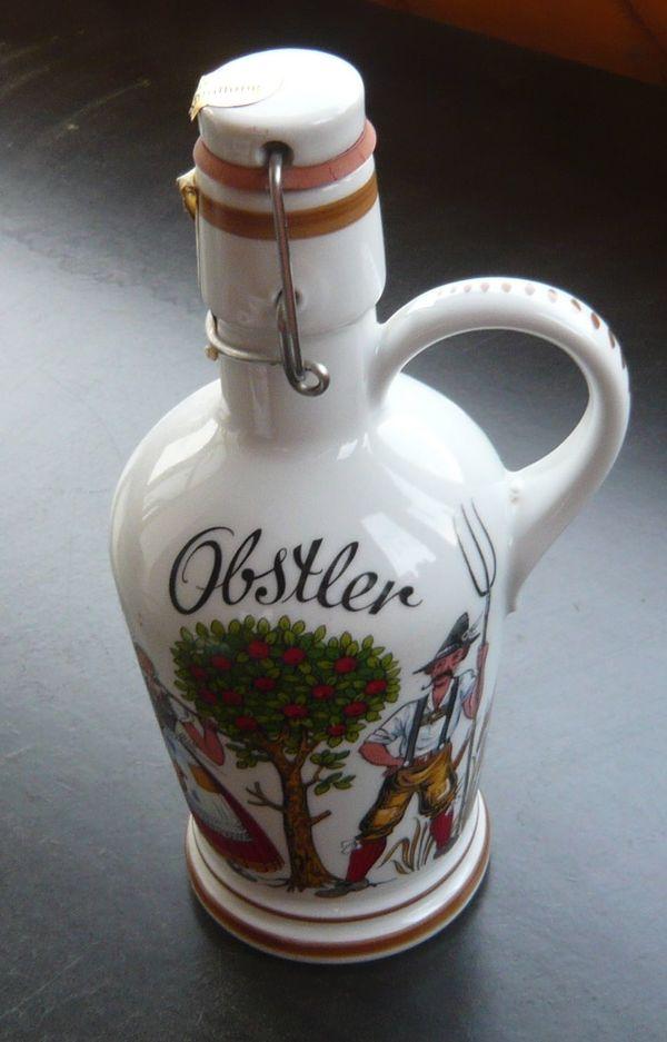 Leere Porzellan Flasche mit Bügelverschluss