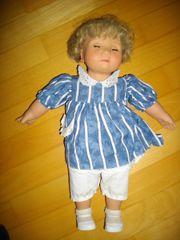 Puppe mit Schlafaugen,