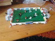FUSSBALL-Feld von