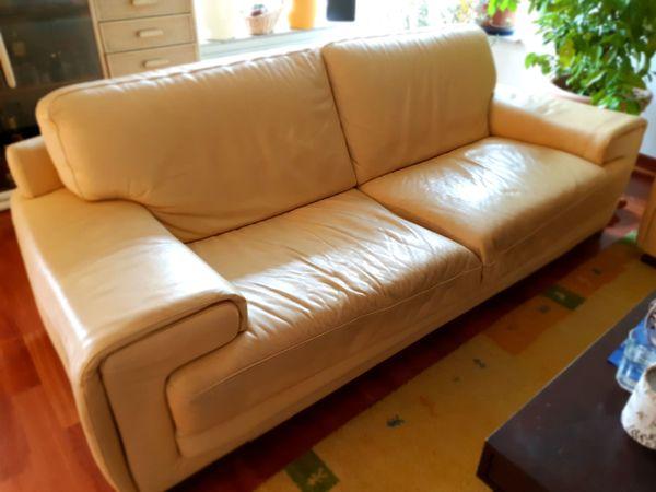 Natuzzi Echtleder Sofa Und Sessel Zu Verschenken In Limburgerhof