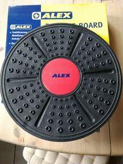 Alex Balance Board-Übungen im Stehen