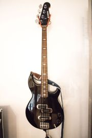 E-Bass Yamaha