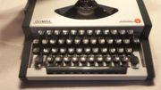 Alte Olympia Traveller Schreibmaschine