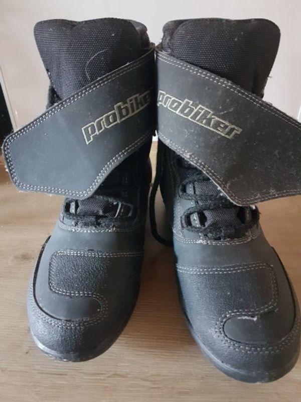 652e8ae277e38c Damen Schuhe Stiefel kaufen   Damen Schuhe Stiefel gebraucht - dhd24.com