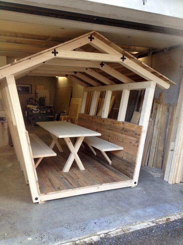 gartenlaube gartenhaus sitzecke sitzgarnitur terrassenm bel bett aus altholz in buch. Black Bedroom Furniture Sets. Home Design Ideas