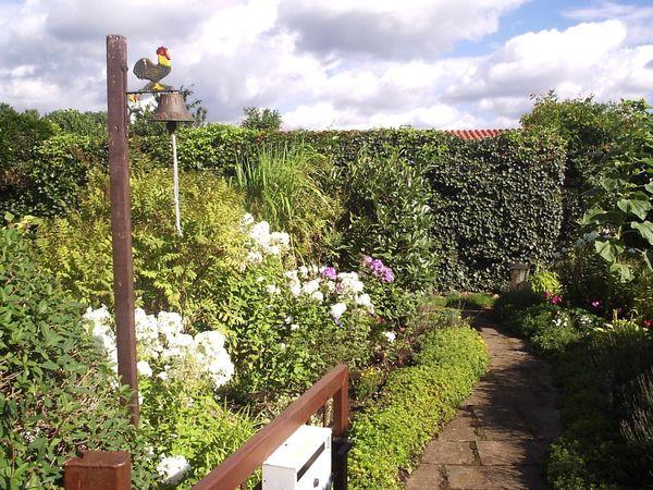 Gartengrundstück berlin  Wunderschönes, erholsames Gartengrundstück mit Bungalow bei Berlin ...