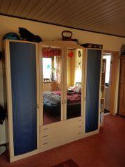 Kleiderschrank Schlafzimmer / Kinderzimmer