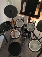 Roland TD-11 KV Schlagzeug mit