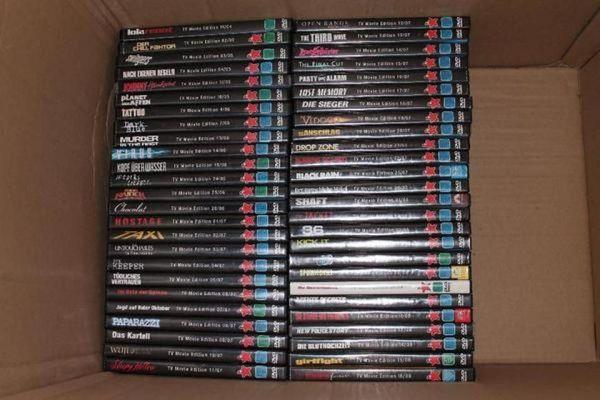 DVD Sammlung » CDs, DVDs, Videos, LPs