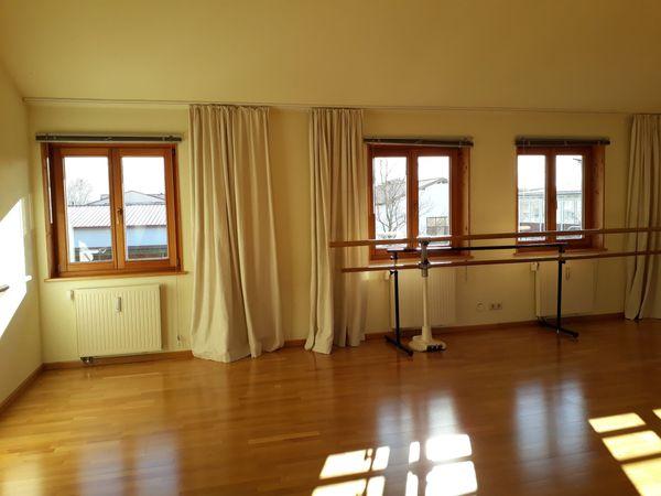 Heller Schöner Raum 92 M2 Vielseitig Nutzbar In Raisting