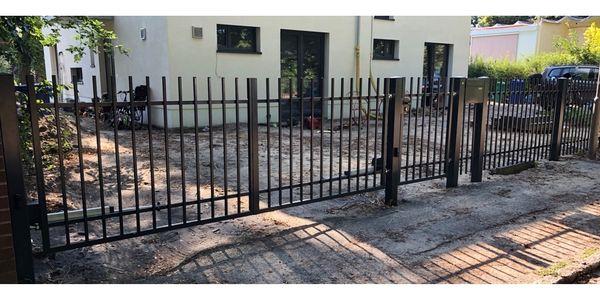 Metallzaune Zaun Aus Polen Schmiedezaune Schiebetor Tore In Rathenow
