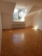PRIVAT Sonnige moderne Wohnung mit